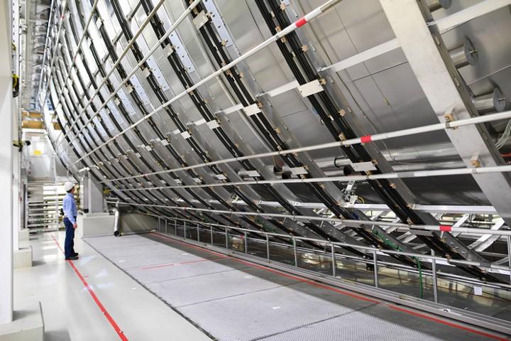 Китай построит нейтринную обсерваторию на глубине 700 метров под землей
