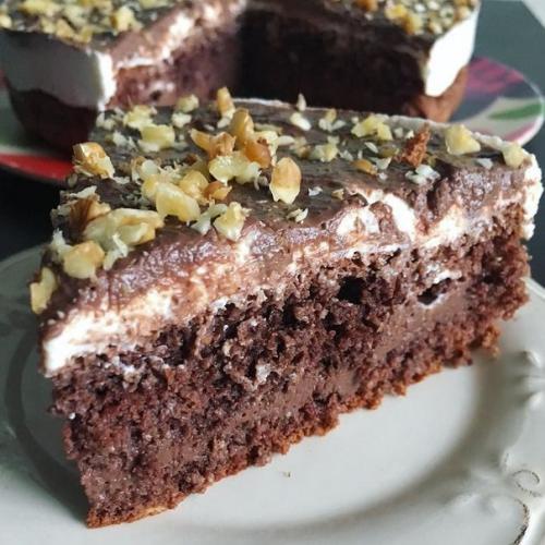 Шоколадный торт. Кбжу на 100 гр: