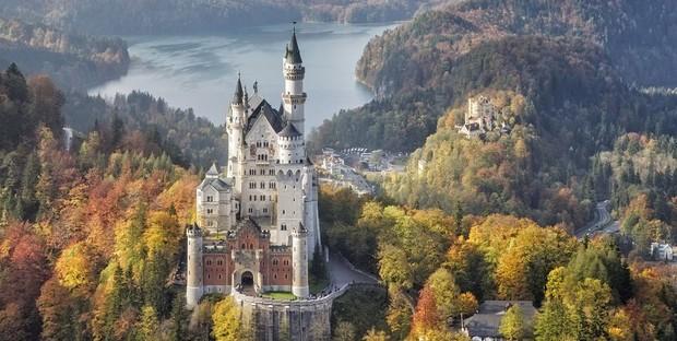 В гостях у сказки: самые впечатляющие замки Европы