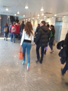 В чем русские девушки летают за турецкую границу. Фото