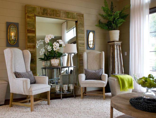 декор гостиной зеркалами
