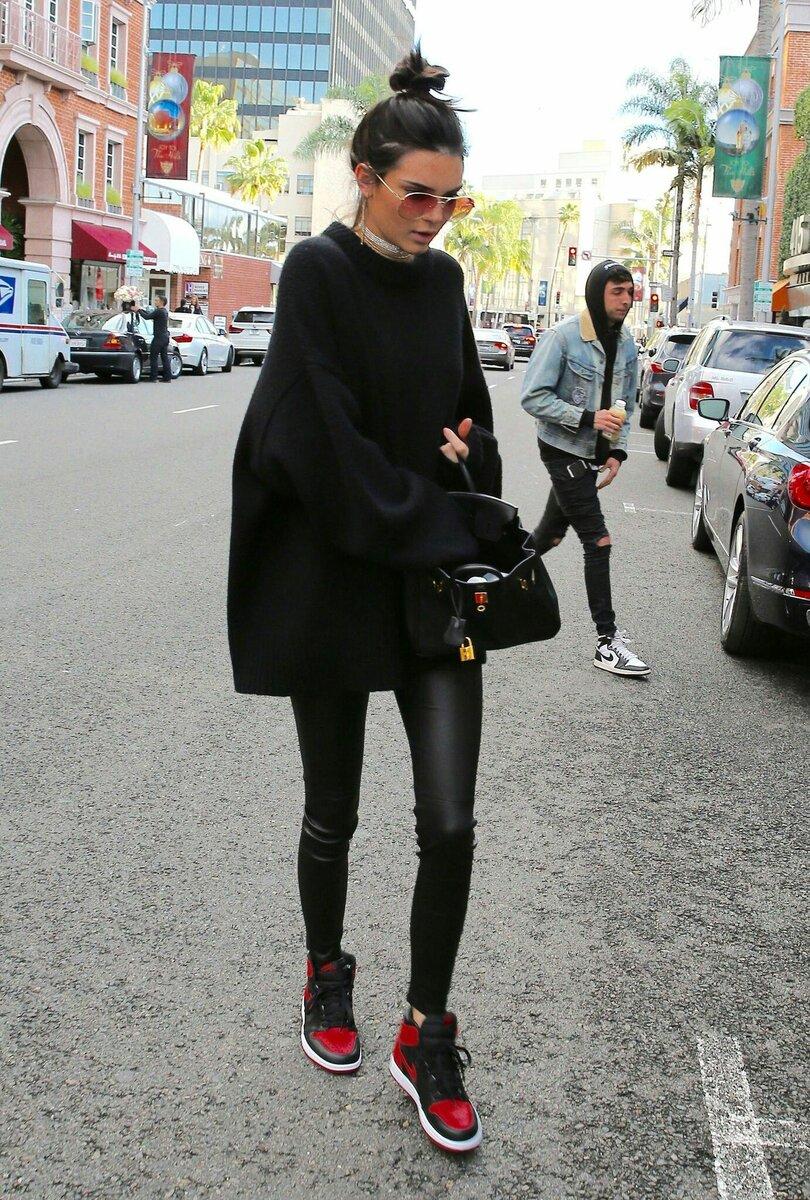 Что носить с кожаными лосинами? /Фото: i.pinimg.com