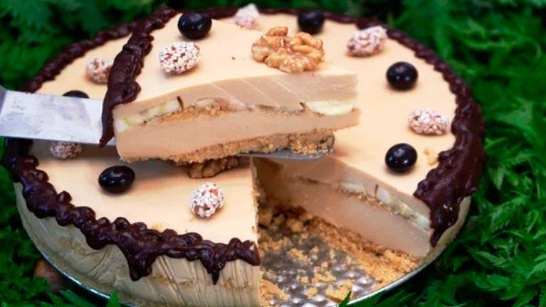 Очень вкусный торт «карамелька» без выпечки