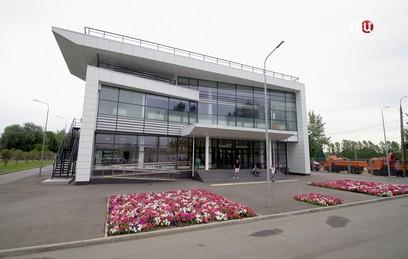 Собянин осмотрел новый спортивно-оздоровительный комплекс в Крылатском