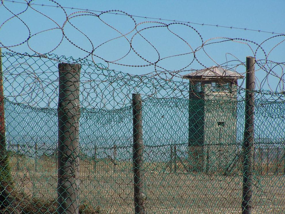 Тюрьма на острове: топ самых-самых мест заключения