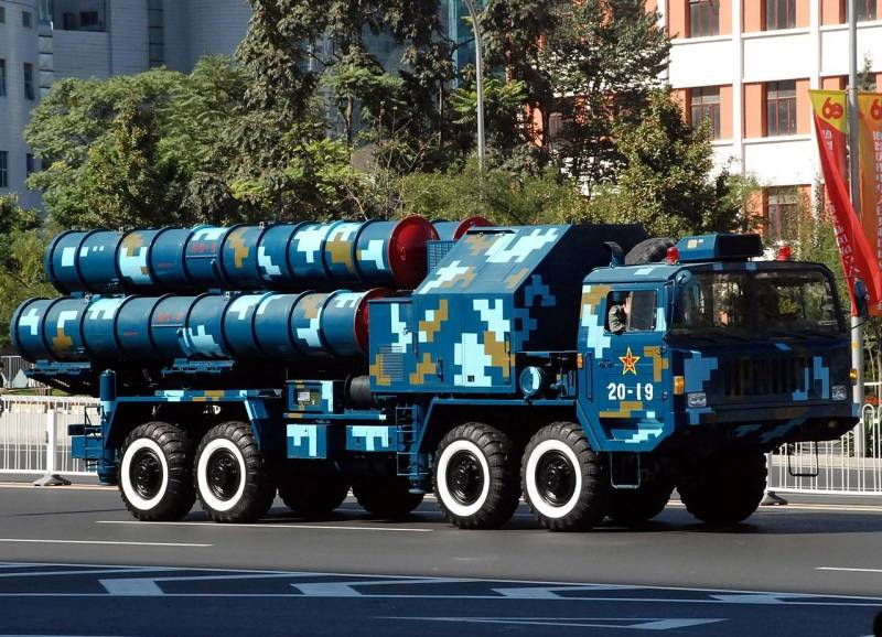 Насколько близки китайский ЗРК HQ-9 и российский C-300?