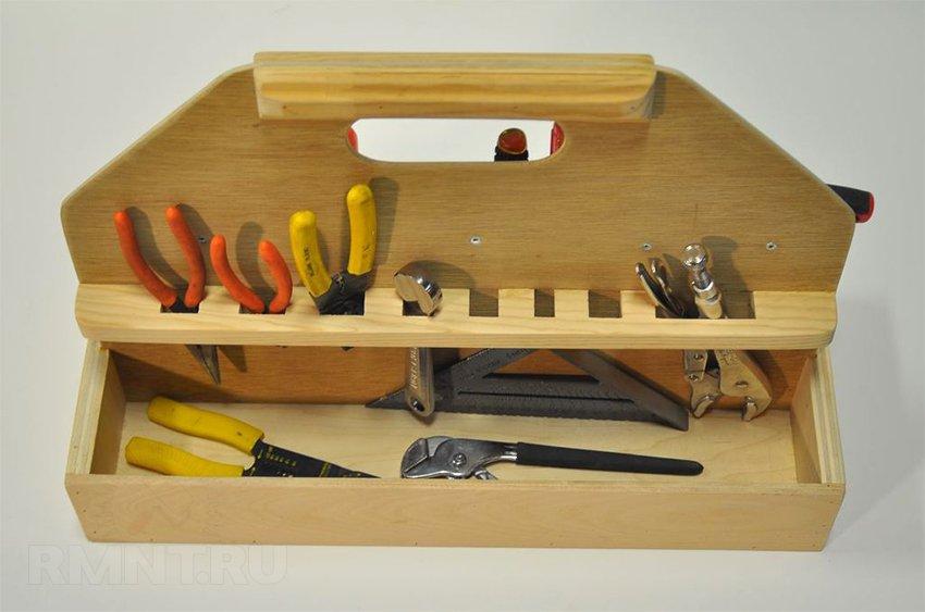 Ящик для инструментов плотника