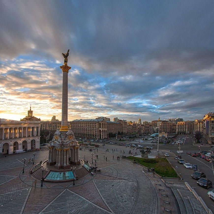 Историк РАН Мироненко назвал Россию «младшим братом Украины».