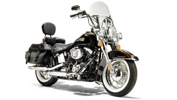 Harley Папы Римского уйдет с молотка - Фото 1