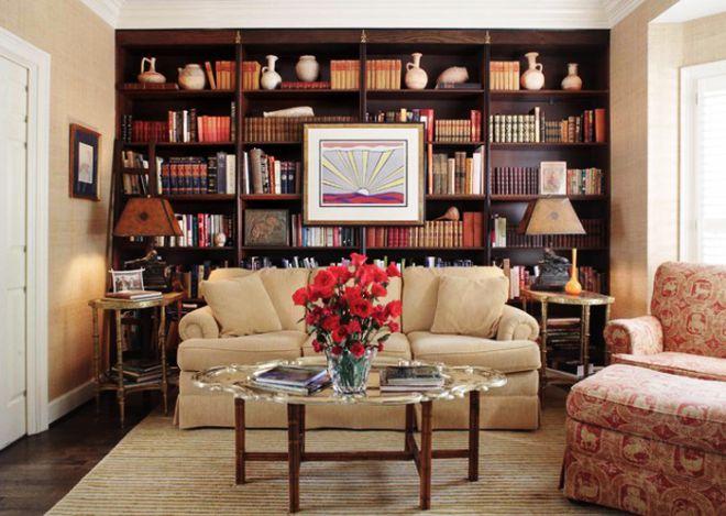 декор полок в гостиной
