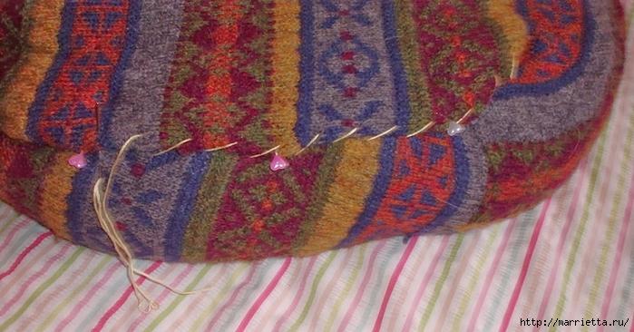 Cuna de gato de un viejo suéter.  Clase magistral (9) (700x366, 237KB)