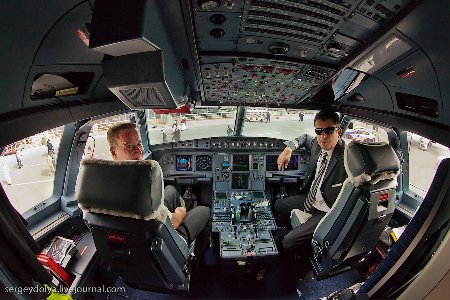 21106 Бахрейнский авиасалон: Интерьеры самолетов