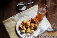 Фото к рецепту: Творожные рогалики с повидлом