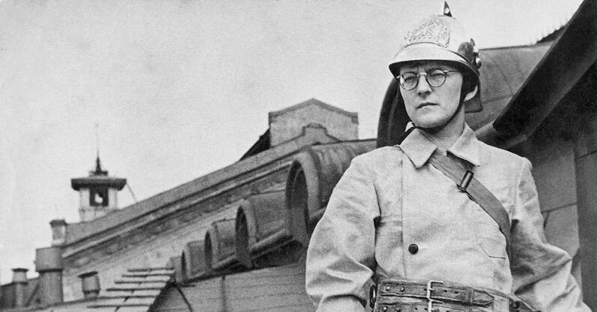 «Были репродукторы, немцы все это слышали...»