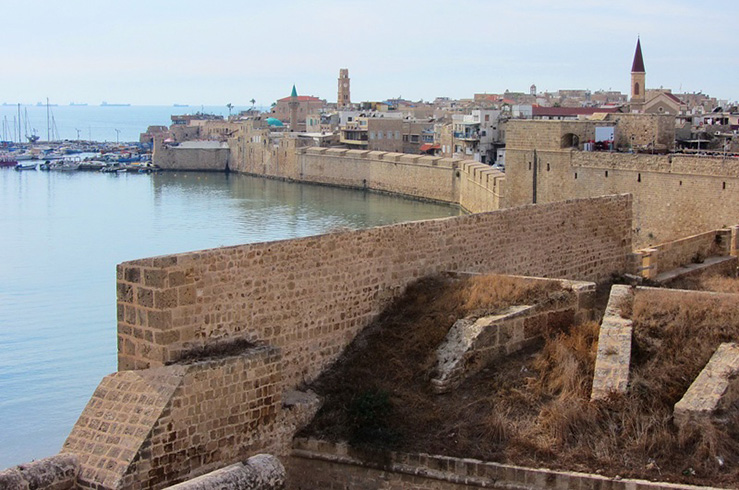 Крепостные стены города Акко