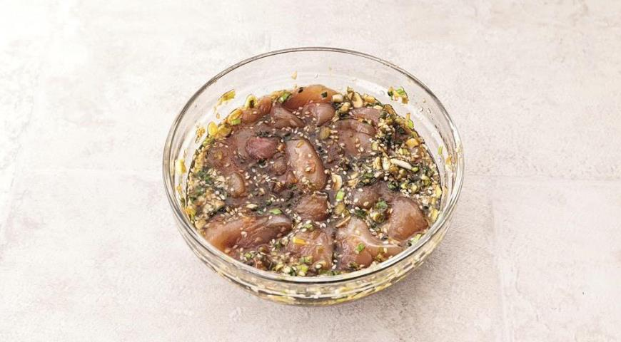 Шашлычки-сатай из индейки с арахисовым соусом. Шаг 4