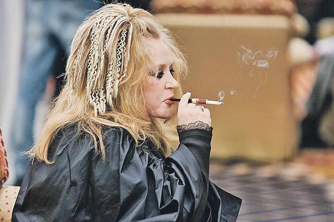 Артистка курила с 13 лет и в 70 решила окончательно завязать. Фото: Михаил ФРОЛОВ