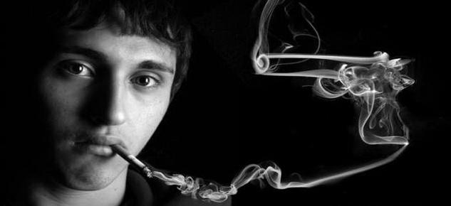 Сигареты выходят из моды