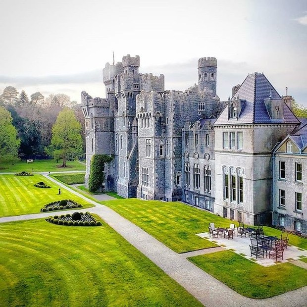 Фото №6 - В гостях у сказки: самые впечатляющие замки Европы