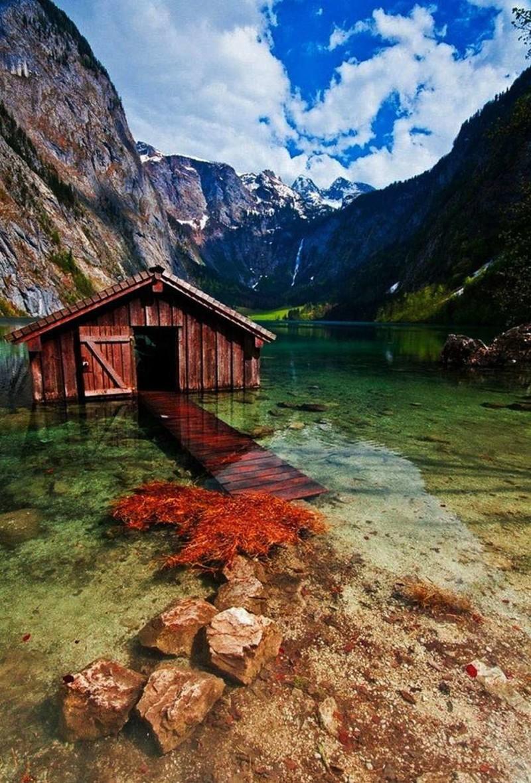 4. Заброшенный дом на воде, озеро Оберзее, Германия заброшенные места, крипи, прикол, ужас