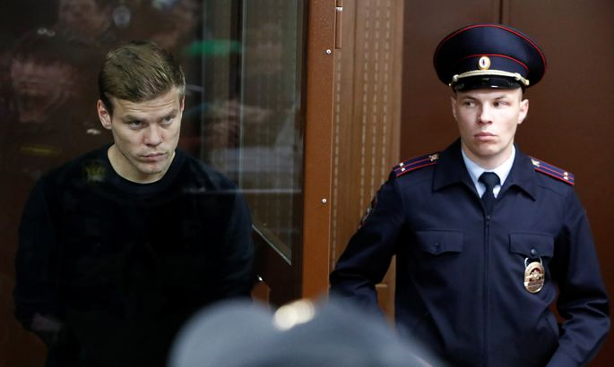 Президент и главный тренер «Зенита» поручились за Кокорина, но его все равно оставили в СИЗО