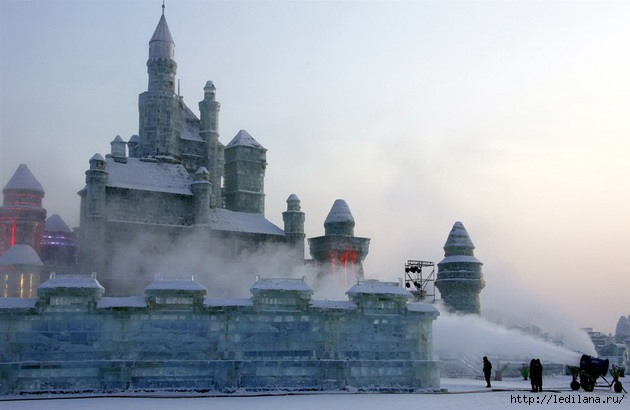 дворцы изо льда27 (630x410, 114Kb)