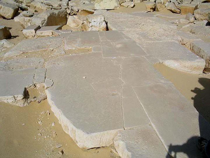 7. Пирамида Джедкара. Пол из базальта. древний египет, история, технологии