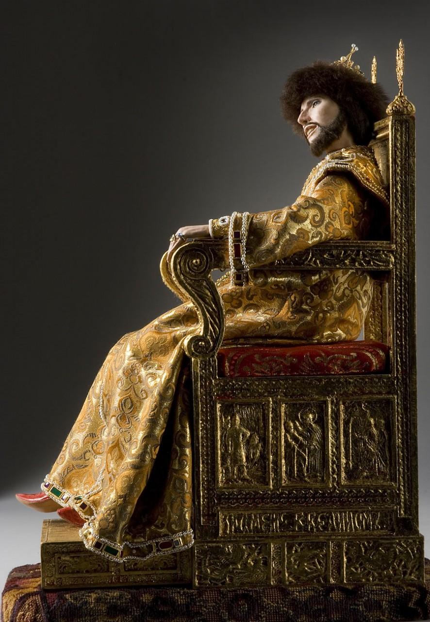 Российские исторические деятели в куклах Георга Стюарта