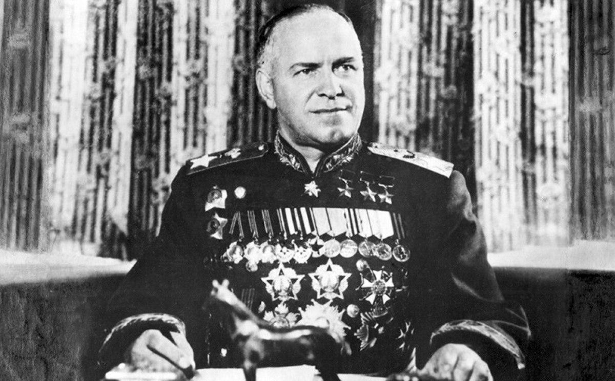 """Георгий Жуков: """"Внезапность нападения гитлеровских войск на СССР была придумана Сталиным"""""""