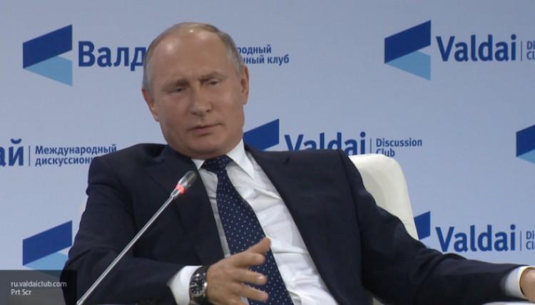 Путин заявил об отсутствии намерений отменять ответные меры на санкции Запада