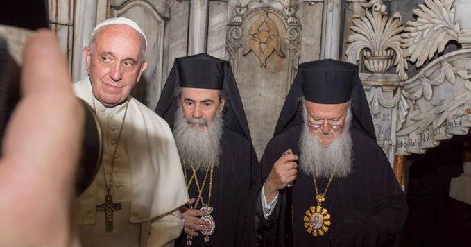 Недобрые знаки Папы Франциска. Фото,видео