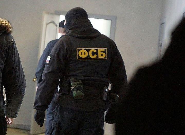 ФСБ сообщила о задержании члена ИГ*, готовившего убийство одного из лидеров ДНР
