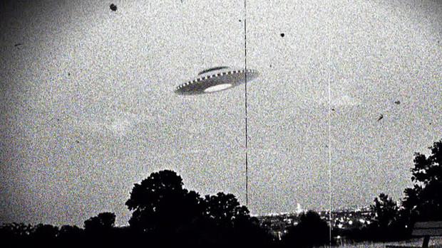 Как выглядели снимки НЛО до изобретения «Фотошопа»