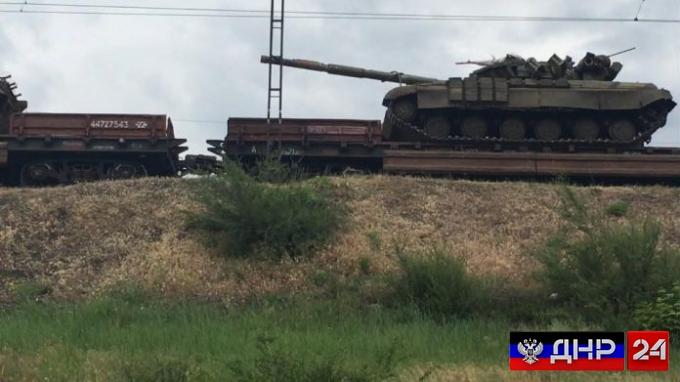 Киев перебрасывает на Донбасс дополнительную военную технику