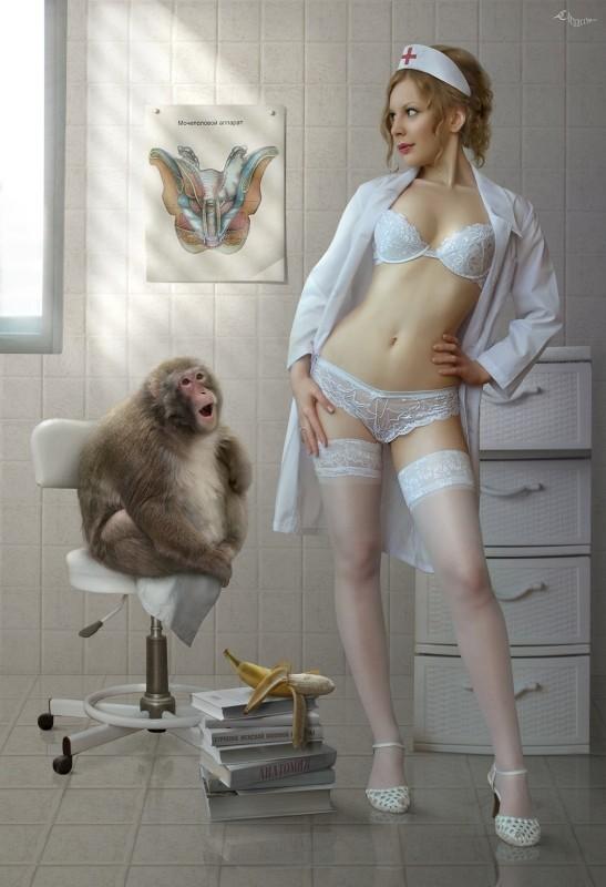 голая смешная женщина холст-зе1