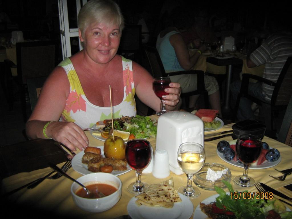 Шикарный ужин и отличное вино...