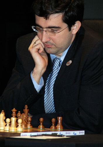 14-й чемпион мира по шахматам Кра́мник Влади́мир Бори́сович