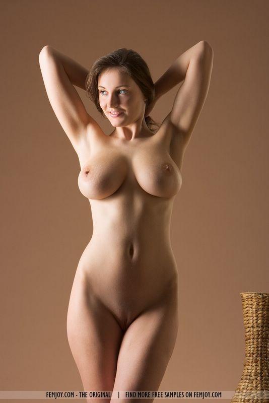 фото голых красивых дам бесплатно