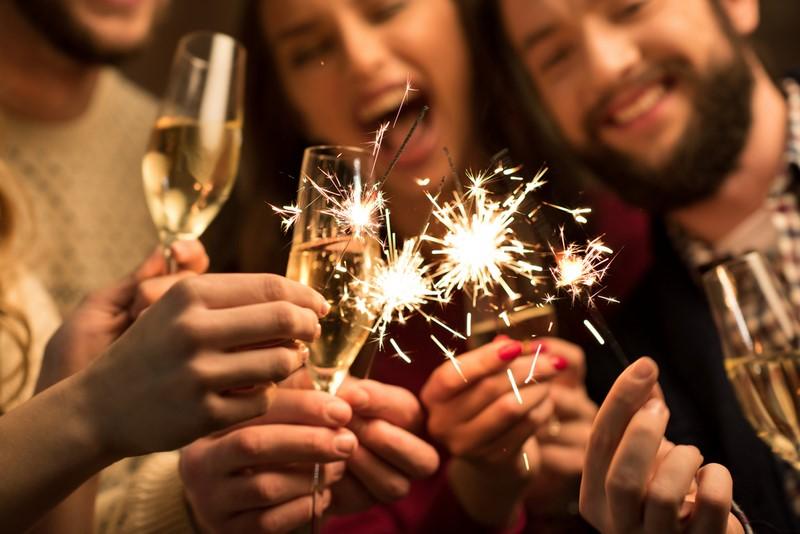 новогодние приметы для девушек