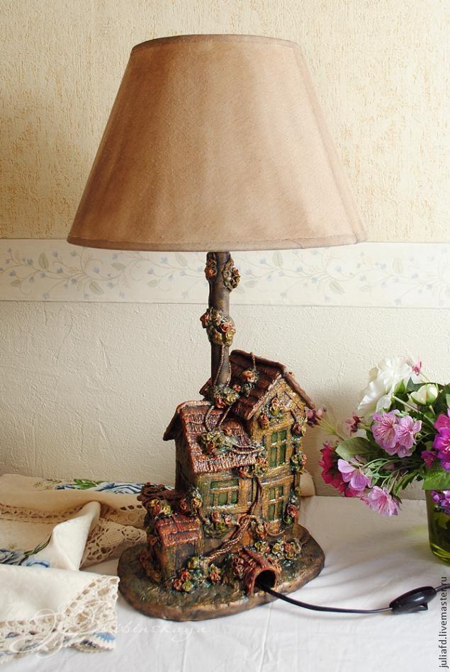 Оригинальная лампа из подручных средств