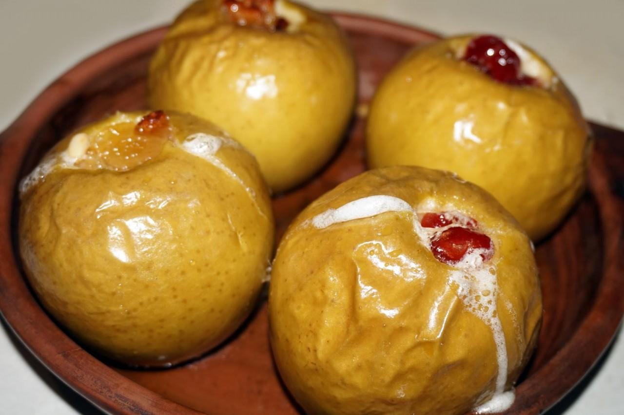 Яблоки печёные