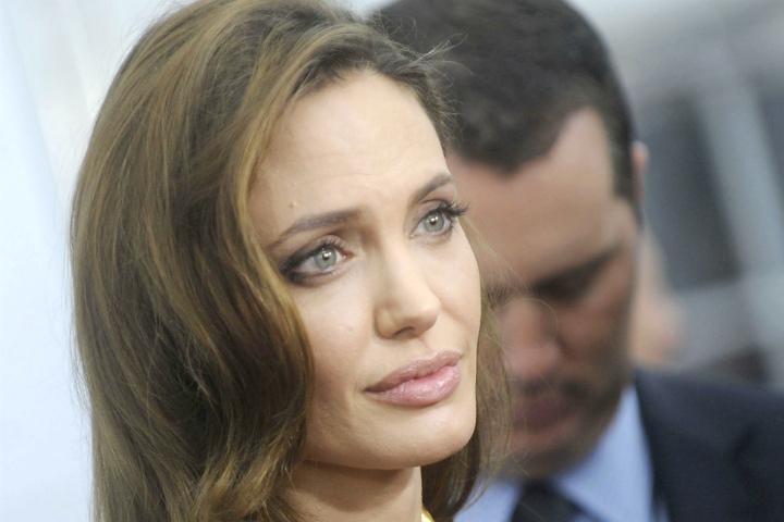 Бунт в собственном доме: Дети Анджелины Джоли не хотят жить с ней