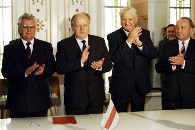 Первая Беловежская встреча состоялась весной 1991 года: Новые факты о развале СССР