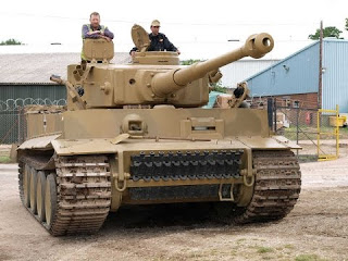 "Внутри танка ""Тигр"""