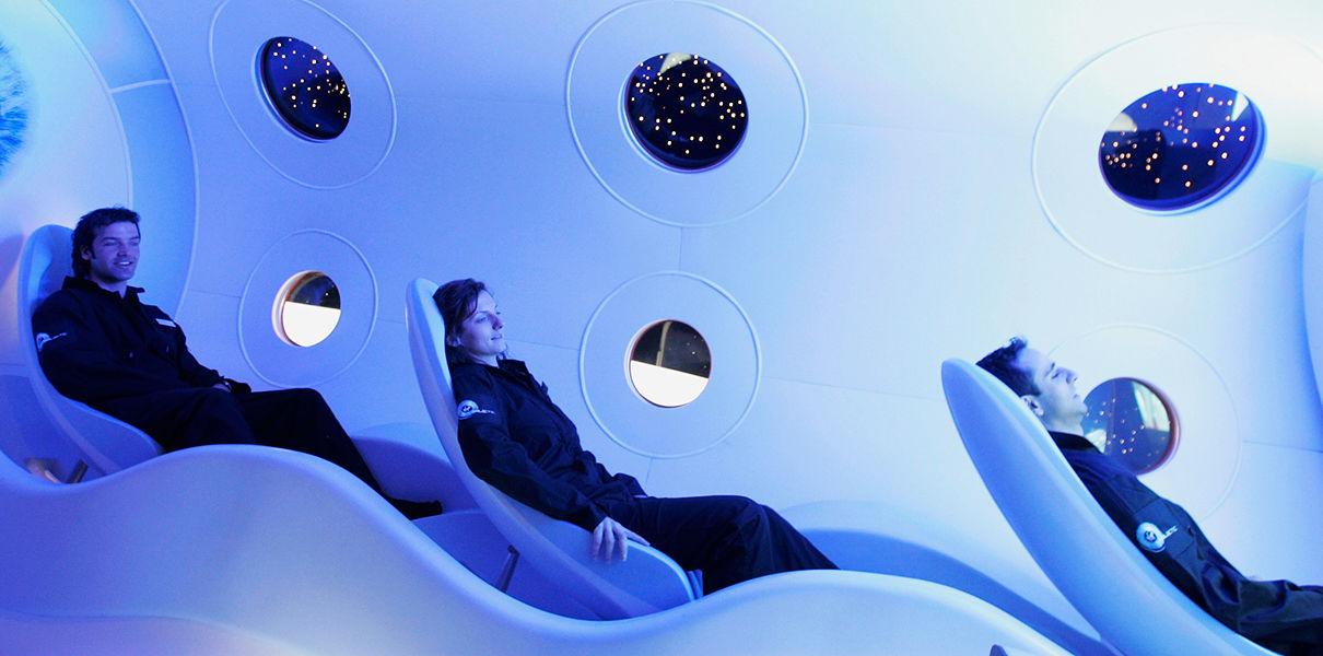 Blue Origin отправит первых туристов в космос через 18 месяцев