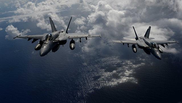 Американский истребитель столкнулся с самолетом-заправщиком у побережья Японии