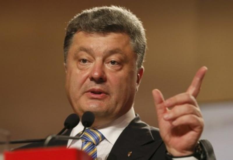 Порошенко не желает уступать трон: «Михо-Майдан» несёт лишь кровь и дестабилизацию