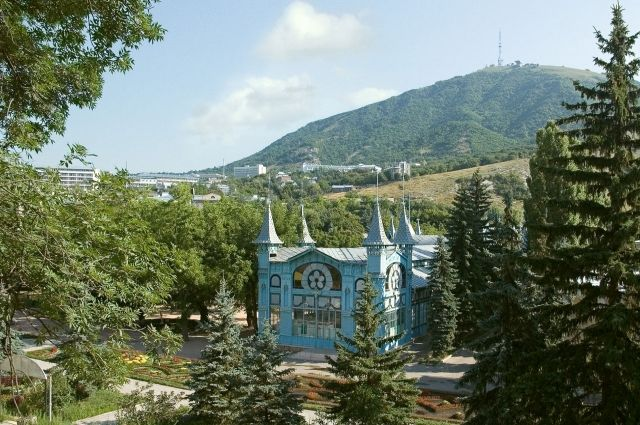 Горы, реки и водопады. Лучшие курорты Северного Кавказа