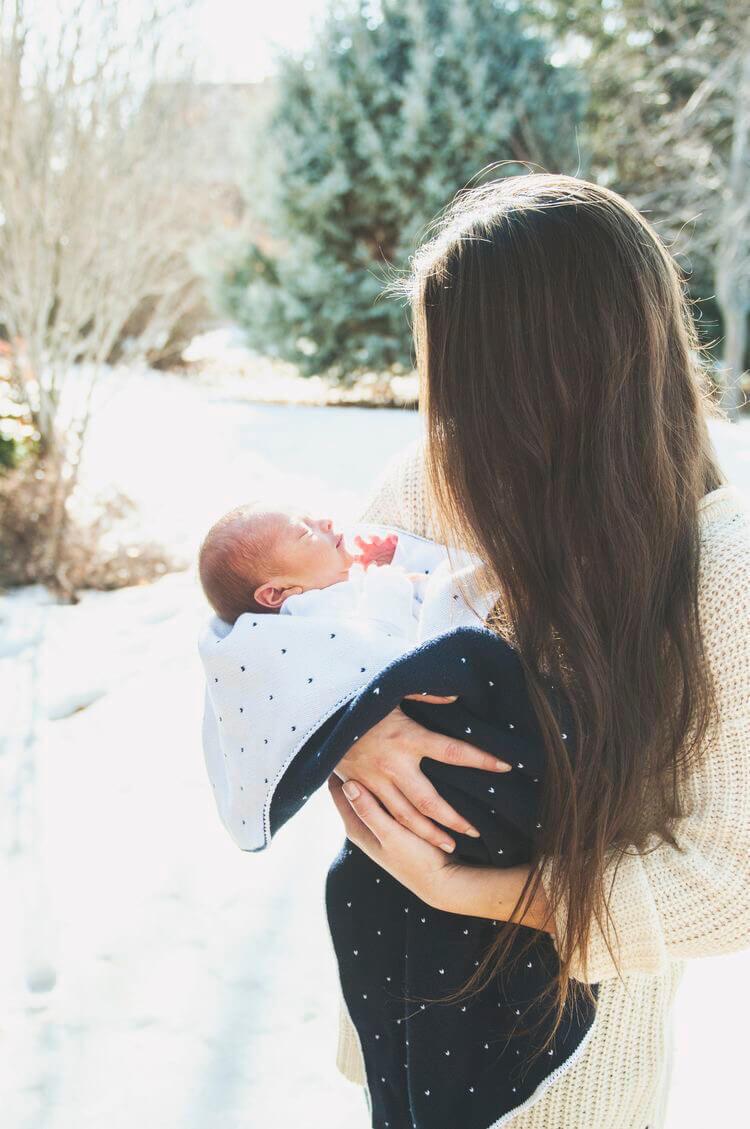 Материнство - запретные чувства
