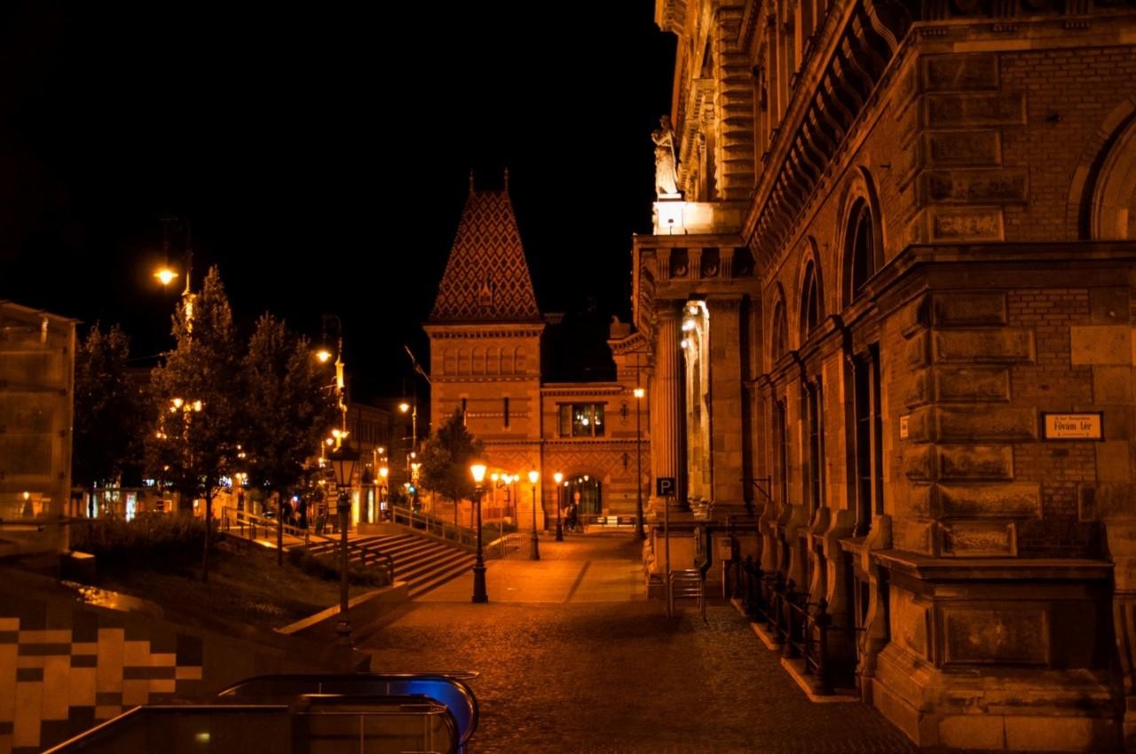 Ночной Будапешт, городская архитектура